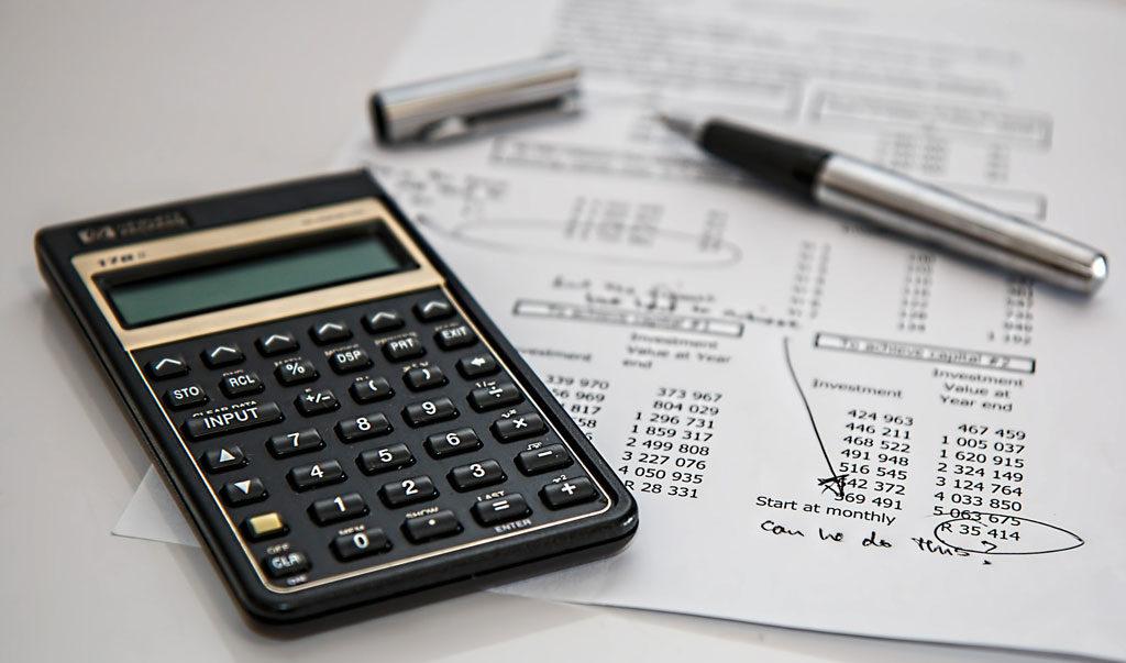 Buchhaltungskurs besuchen und die Unternehmensfinanzen im Griff haben